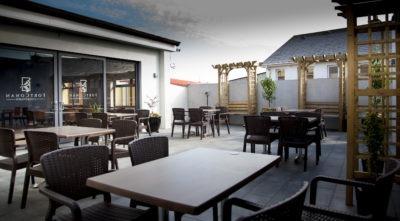 fort conan hotel wild rose cafe