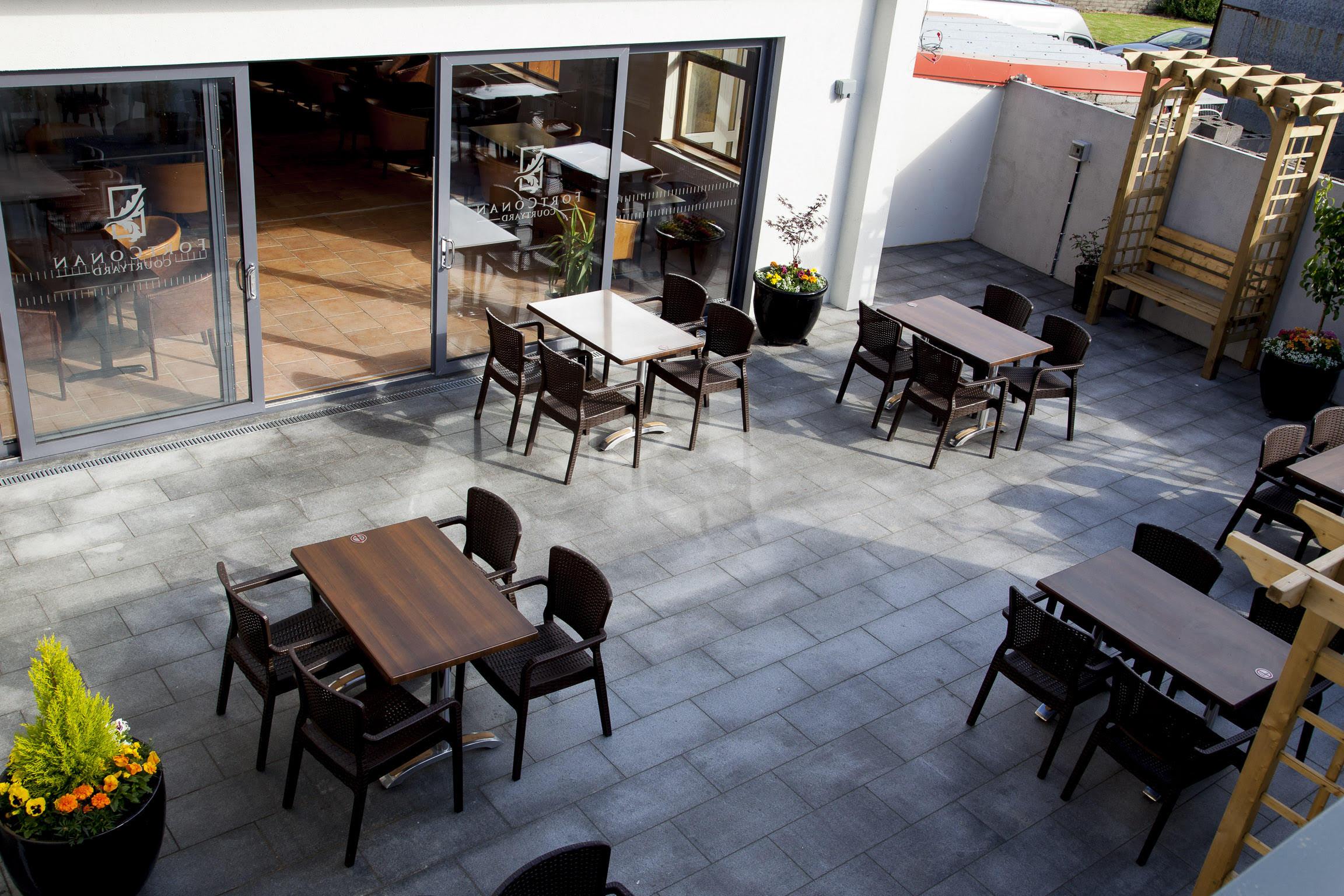 wild rose cafe fort conan hotel