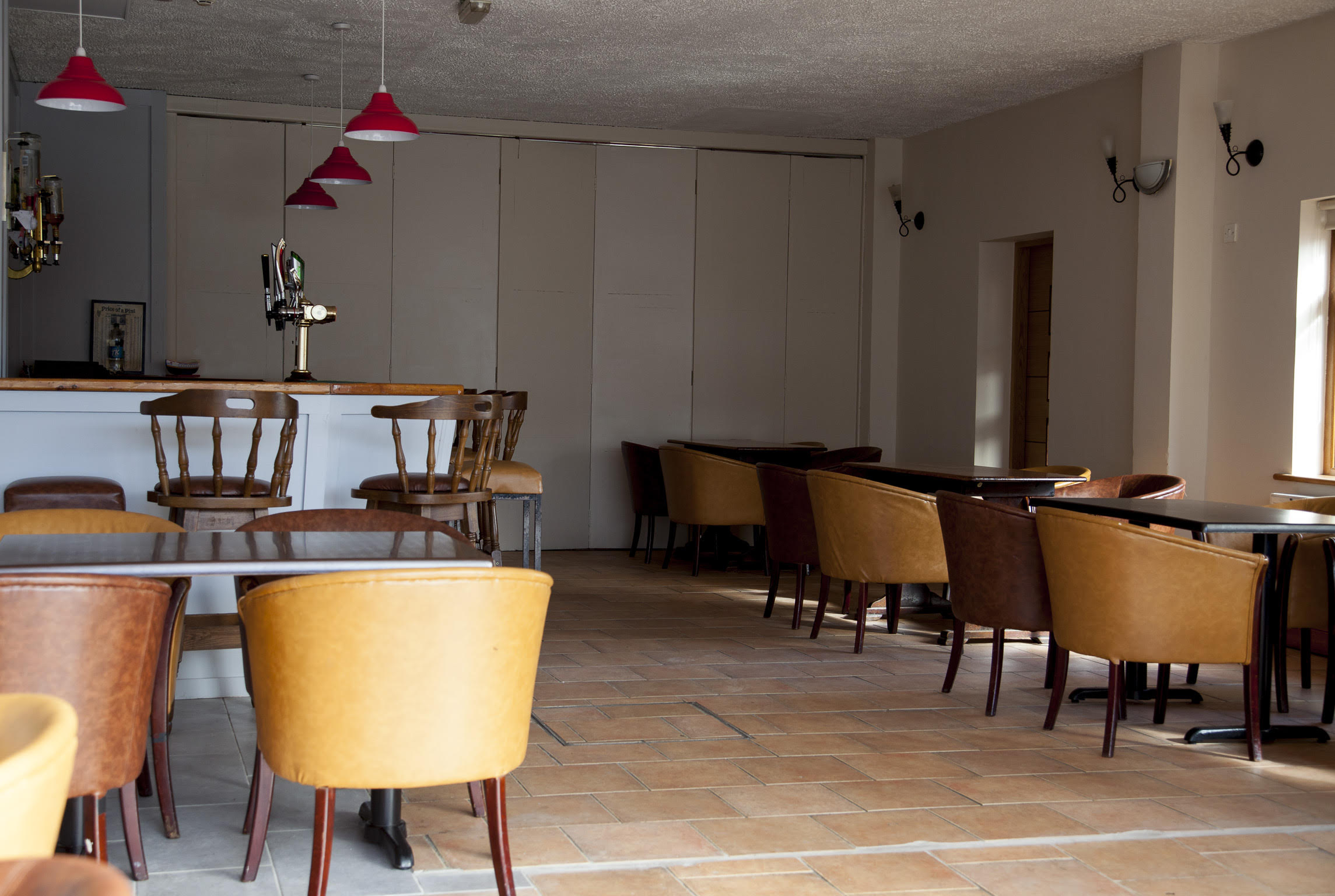 fort conan hotel lounge