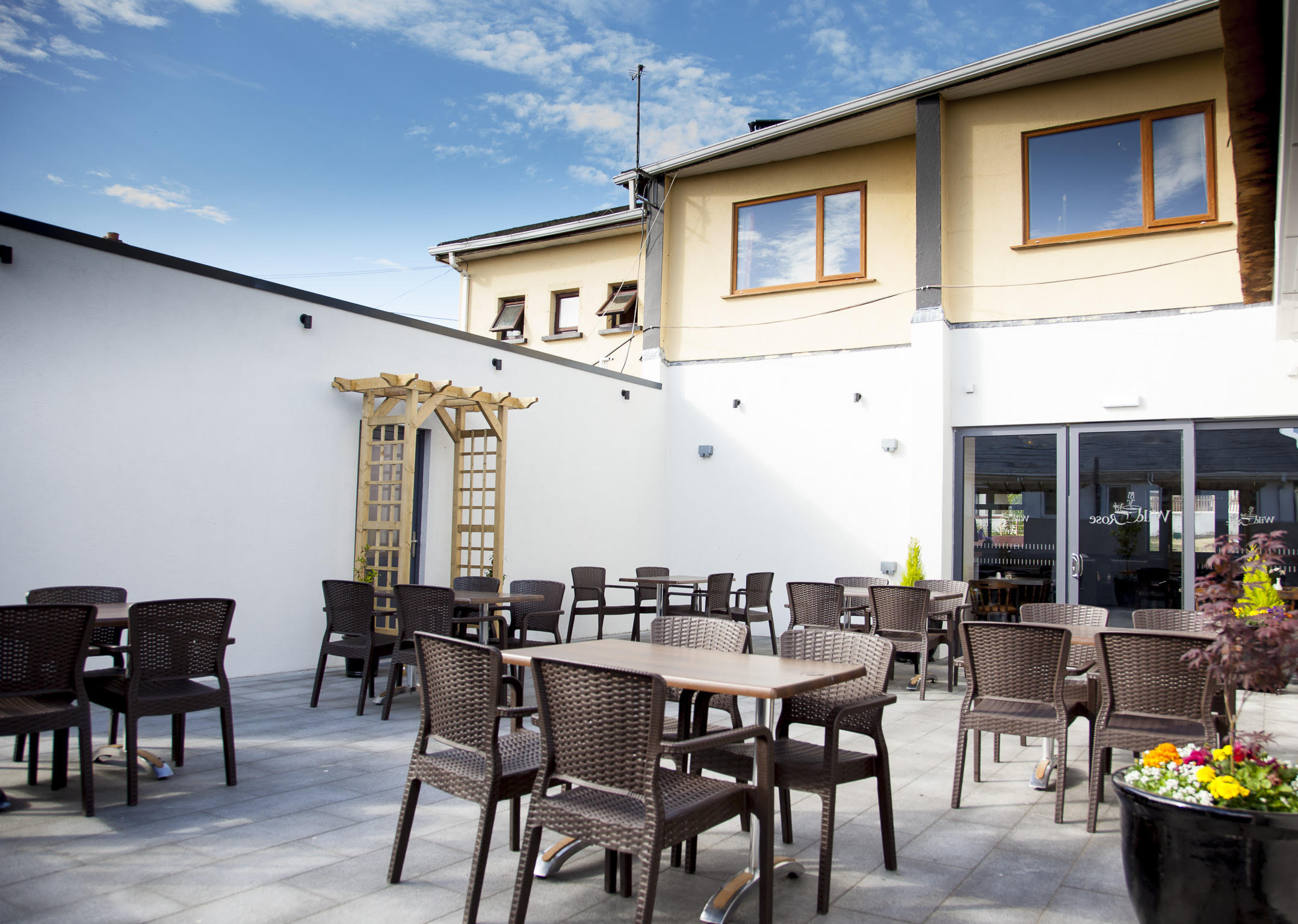 wild rose cafe terrace duncannon about fort conan hotel